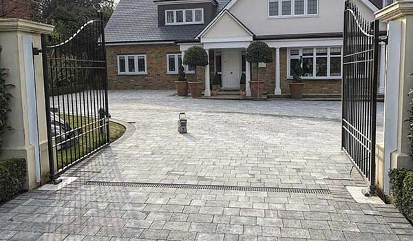 Block Paved Drives & Patios